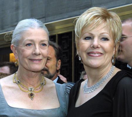 ヴァネッサ(左)とリンの姉妹