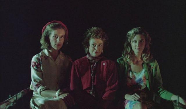 グリーナウェイの三魔女 いちばん右がジョエリー
