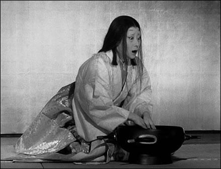 有名な手を洗うシーンにおける山田五十鈴の渾身の演技